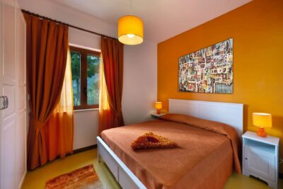 orange bedroom_HD_villa_marianna_amalfi_coast